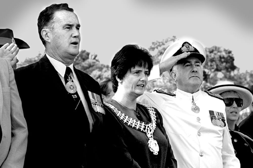 Sutherland Shire mayor, Genevieve Rankin, centre, at the 225th anniversary of Cook's landing at Kurnell. Photo: Joe Castro