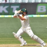 Australia loses two early wickets after Finch retires with injured finger