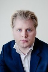 Bitcoin.com co-founder Emil Oldenberg has warned of the risks in trading bitcoin.