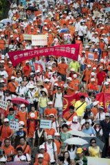 Police and organisers put the number at the rally at over 100,000. A count by Hong Kong University put the number at 88,000.