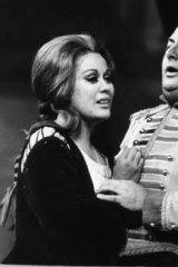 Dame Kiri Te Kanawa and Jean Bonhomme appearing in a 1974 production of <i>Carmen</i> at the Royal Opera House.