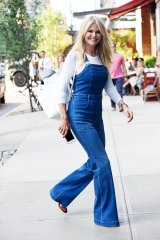 Overalls at any age ... Christie Brinkley.