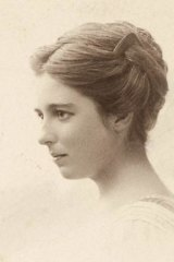 Family archive image of Dorrit Black