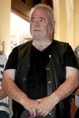 Les Twentyman has taken out an interim intervention order against blogger Andrew Landeryou.