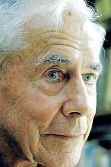 Stan Bisset: Had a great sense of duty and boundless courage, yet was always kind and gentle.