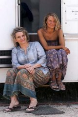 Art imitating life: <em>Tracks</em> author Robyn Davidson and Mia Wasikowska on set.