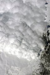 The avalanche buried 100 soldiers, according to reports.