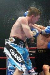 Ricky Hatton and Kostya Tszyu fight in 2005. Hatton took the IBF light welterweight world title from Tszyu.