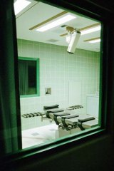 The view of the interior of the $300,000 execution chamber from the media and pubic viewing area at the US Penitentiary in Terre Haute in the city of Indiana.