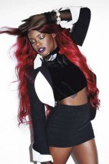 Azealia Banks got her claws out at the Future Music Festival.