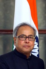 India's Foreign Minister Pranab Mukherjee described British foreign aid as 'peanuts'.