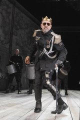 You devils ... Kevin Spacey as Richard III.