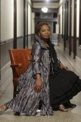 Jazz singer Dee Alexander relishes both the   experimental and mainstream aspects of her repertoire.