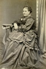Elizabeth Hewett (nee Fenwick), was a 'distressed needlewoman' when she and her equally impoverished sister migrated to Melbourne on the Culloden in 1852. She met her future husband Robert Hewett on the voyage. Elizabeth and her husband John Hewett visited a Bendigo photographer sometime in the 1860s for these companion portraits.