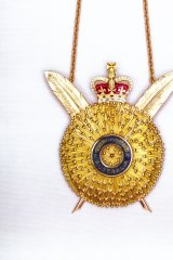 Order of Australia, The Secretary's Badge 1975.