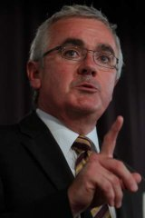 Andrew Wilkie ... is he bluffing?