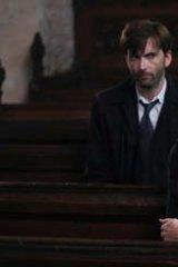 Simone McAullay as Becca Fisher in <i>Broadchurch</i>, with David Tennant who plays DI Alec Hardy.