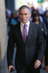 Prosecutors allege handwriting links Craig Thomson to fraudulent credit card charges.