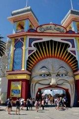 South: Luna Park.