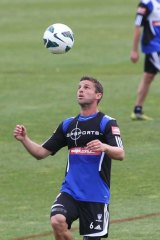 Hit-out ... Jason Culina will play in the friendly with Western Sydney.