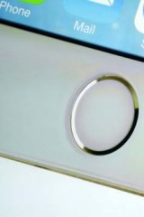 The home button on the iPhone 5s houses the fingerprint scanner.