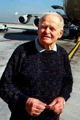 Dr David Warren