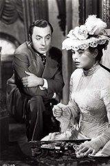 Charles Boyer and Ingrid Bergman in a scene from the film <em>Gaslight</em>.