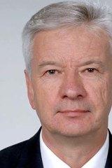 Senator Doug Cameron: The UNHCR has to sign off on Malaysia proposal.
