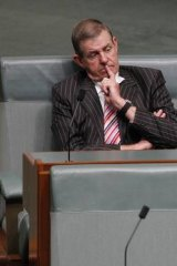 Peter Slipper on the crossbenches.