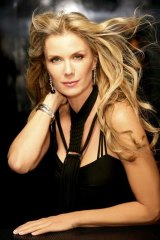Katherine Kelly Lang plays Brooke Logan Forrester.