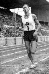 Herb Elliot winning the mile at the British Empire and Commonwealth Games in 1958.