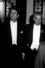 Malcolm Fraser and Gough Whitlam at the lord mayor's dinner in Melbourne, 1975.
