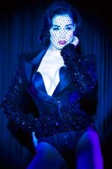 What a wonder ... Dita Von Teese.