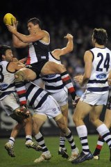 Michael Gardiner's last quarter mark and goal sealed a win in a classic top of the ladder encounter between St KIlda and Geelong, round 14, 2009.
