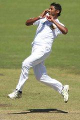 Worst' pace attack won't test batsmen, says Hogg