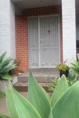 The doorstep where 'Mai' was found.