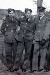 Lean on the right, with (left to right) Raymond Lewis, Jock Graham and Ted Lambert.