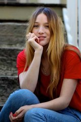 Sophie Lowe.