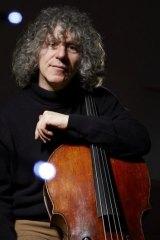 Cellist Steven Isserlis loves encouraging children to enjoy classical music.