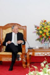 Paul Keating on his visit to Vietnam in 2008.