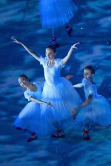 Five hundred ballerinas performed during the opening ceremony.