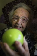 The great-granddaughter of Granny Smith, Edna Spurway.