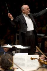 David Zinman conducts the Sydney Symphony.