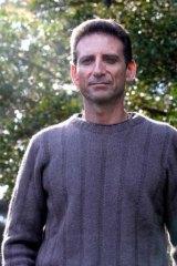 Serge Benhayon … 1000 mostly women followers.