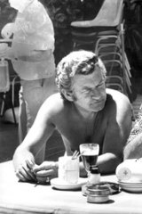 Bob Hawke and Gough Whitlam in 1975.