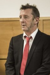 Phil Rudd pleads guity in Tauranga District Court to drug charges and threatening to kill.