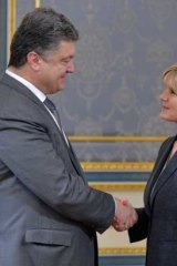 Foreign Minister Julie Bishop meets Ukrainian President Petro Poroshenko in Kiev.