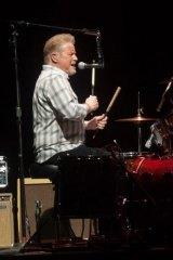 Don Henley impressed not only with his powerful vocals, but on the drums and guitar too.