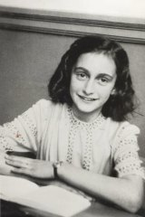 A very-much-alive and demanding Anne Frank turns up in the attic of Auslander's hapless hero.