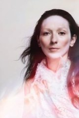 My Brightest Diamond: <i>This is My Hand</i>.